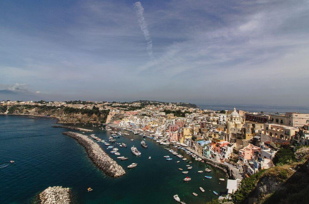Procida - bijou coloré - Naples