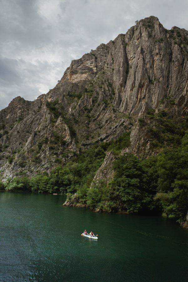 Kayak sur le lac Makta
