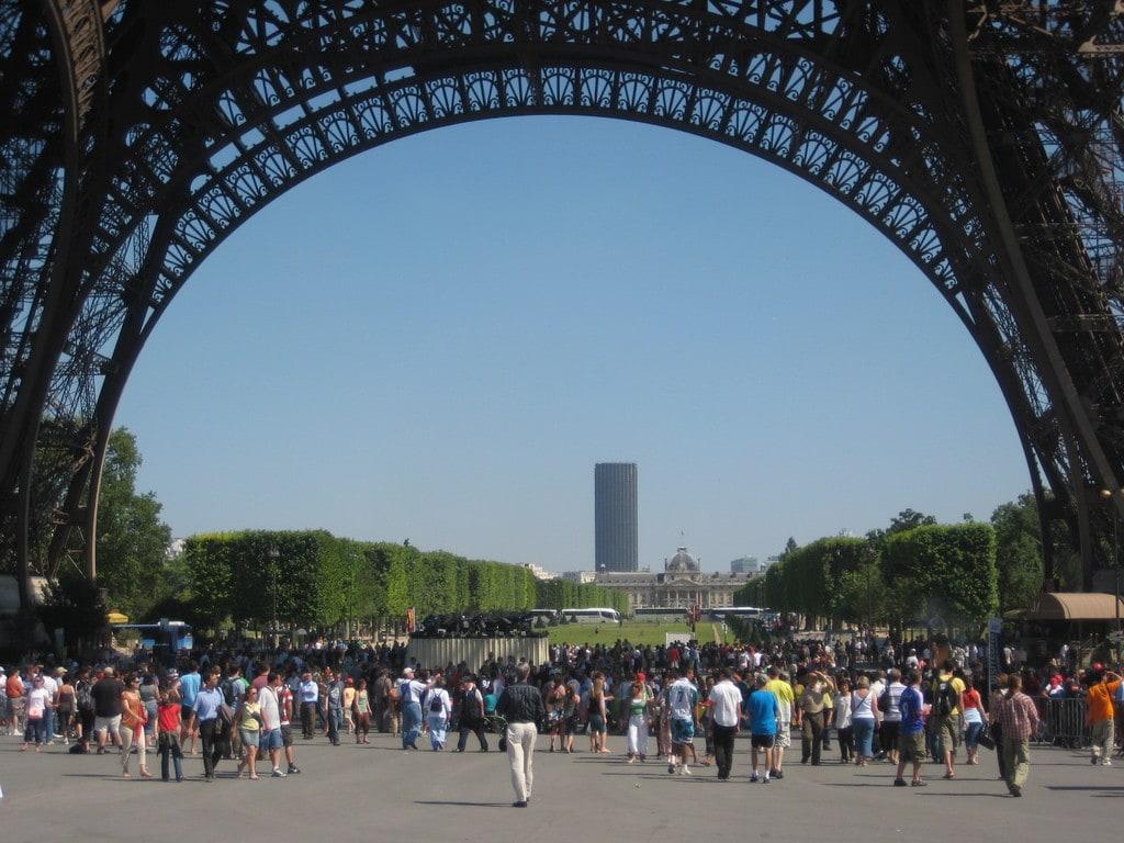Foule - Paris - Tour Eiffel