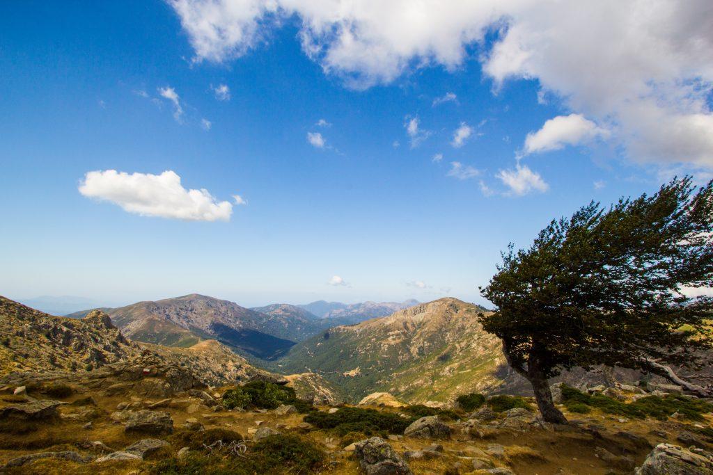 GR20 Corse - vue sur les montagnes