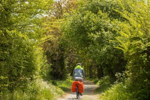 Denni à vélo dans le Finistère, piste cyclable