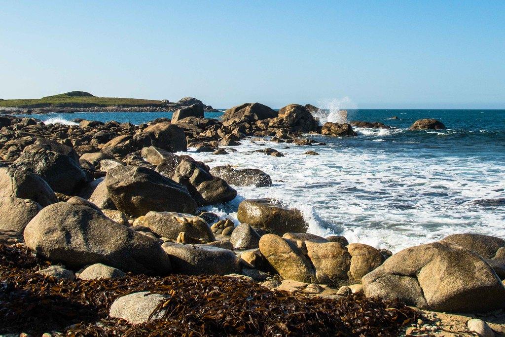 île de carn, à marée haute - Finistère