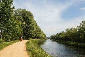 le canal de Nantes à Brest - France à vélo