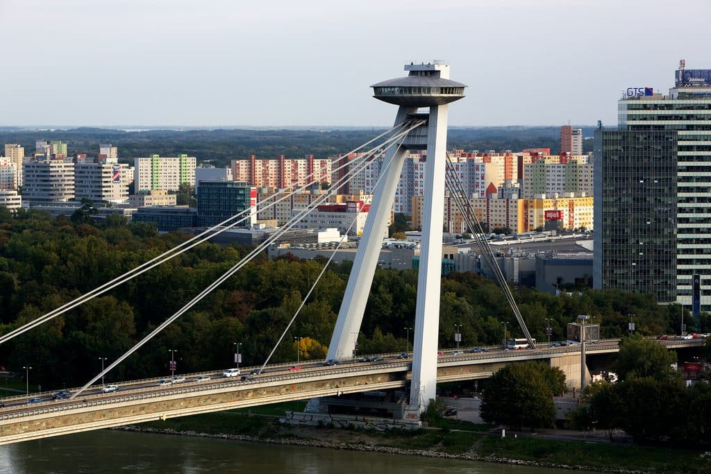 by Victor Wong, source Flickr, Bratislava UFO