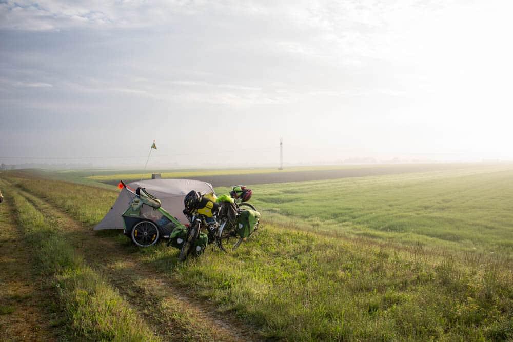 Bivouac - Enjolivélo - voyage végane à vélo