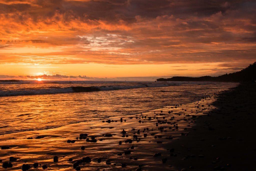 coucher de soleil - plage Uvita