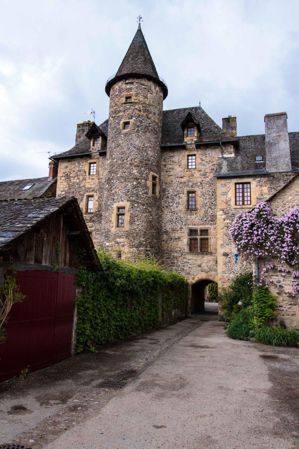 Chateau Ste-Eulalie-d'Olt Aveyron
