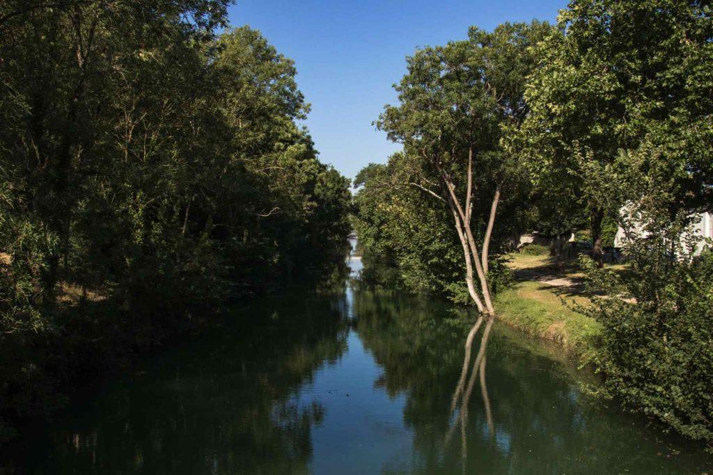 Canal de La Rochelle à Marans