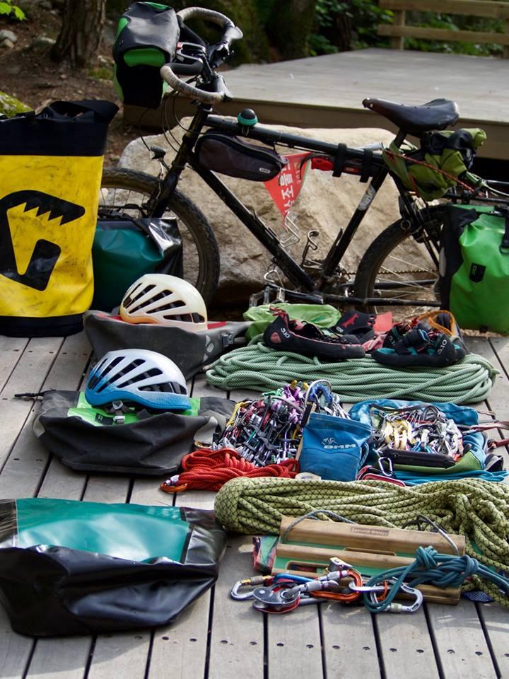 matos- voyage a vélo - escalade