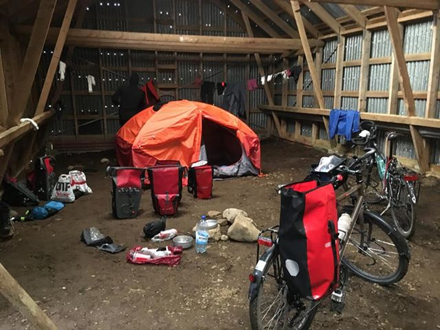 L'islande à vélo -campement grange