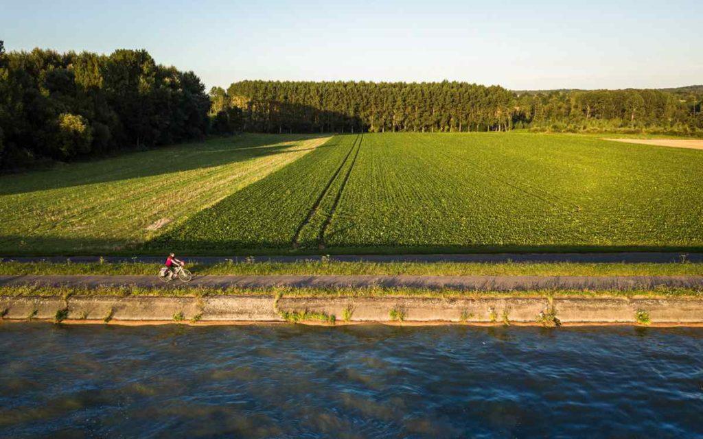 Le long du Canal du Nord