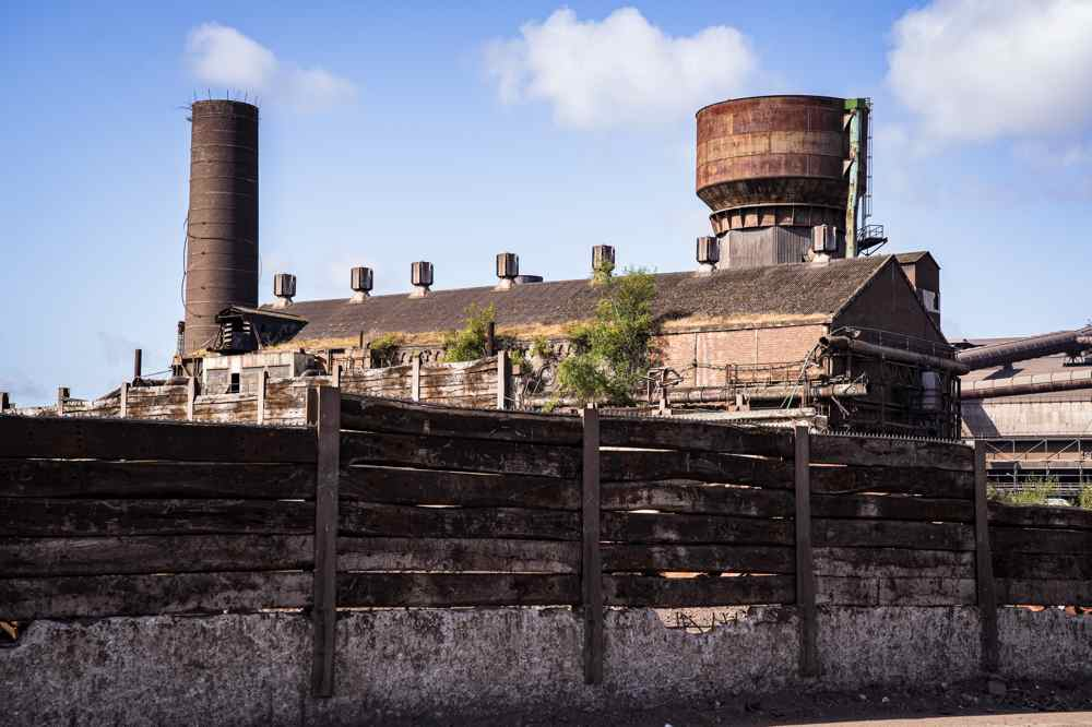 cheminée abandonnée - Charleroi