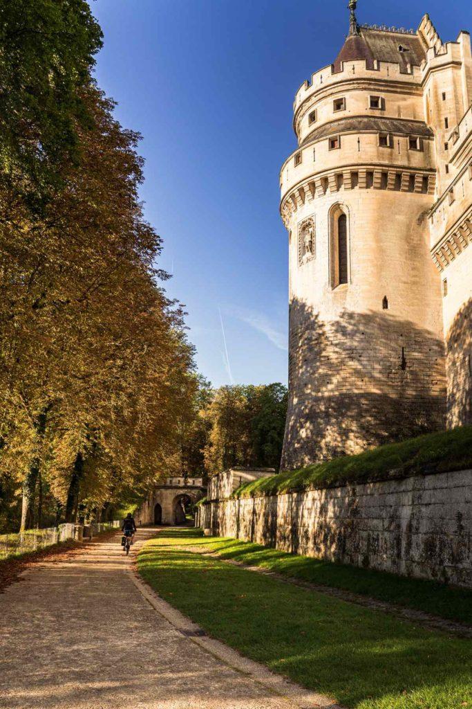 Chateau de Pierrefonds - Oise à vélo
