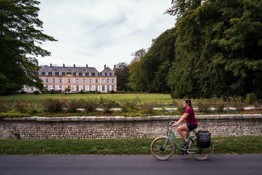 Fécamp à vélo - château de Sassetot