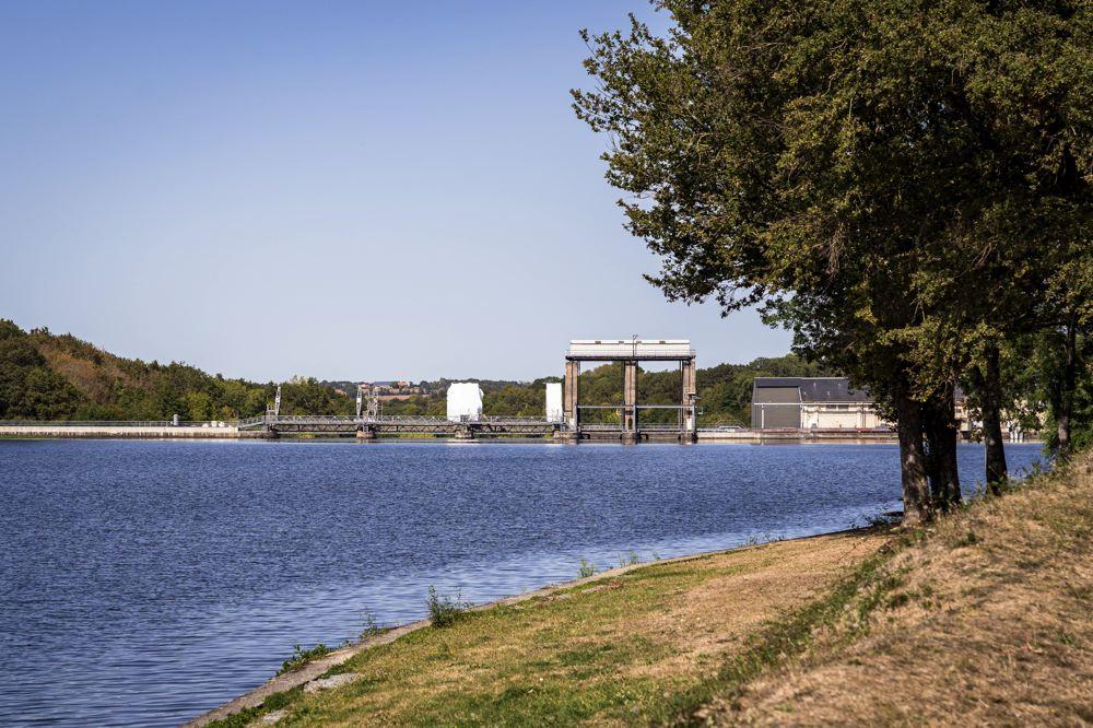 Vienne à vélo - Barrage de Millac