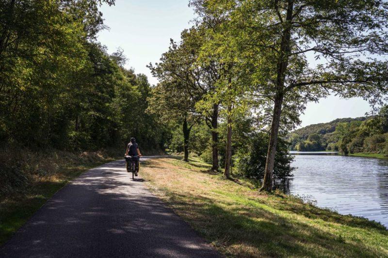 Le long de la Vienne à vélo