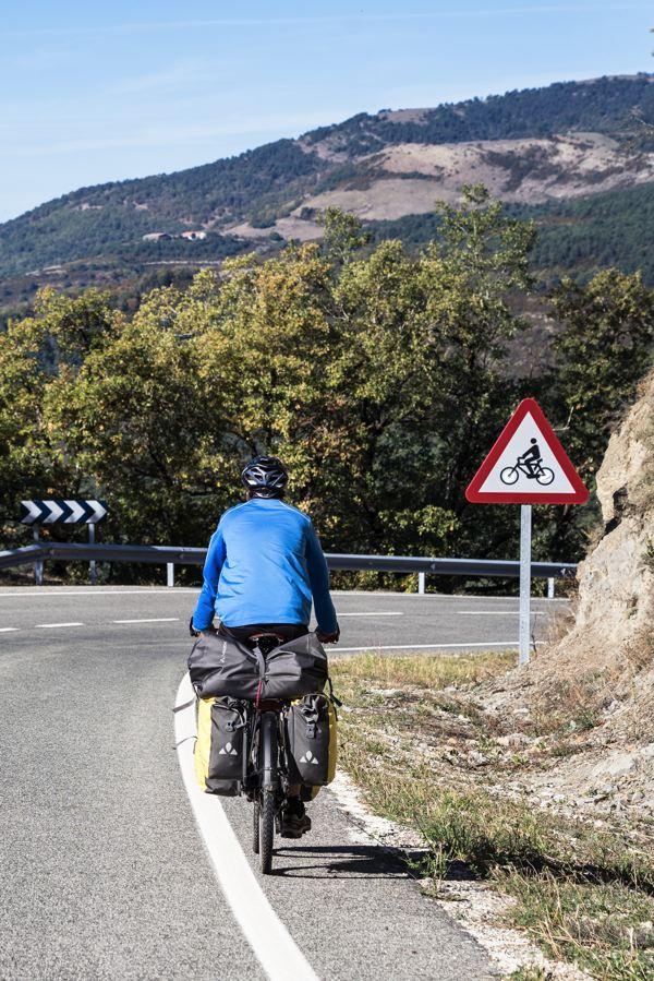 Descente vers Pamplona - EuroVelo 3