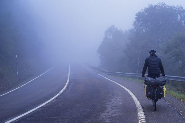 Sur le col - Camino Francés à vélo