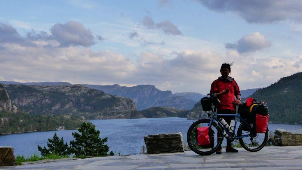 © One Bike One Man