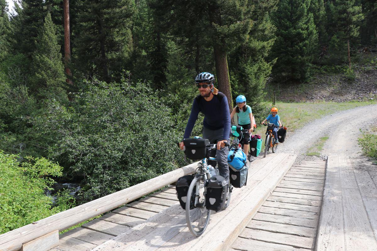 Voyage à vélo avec enfants et ados - les cyclopathes