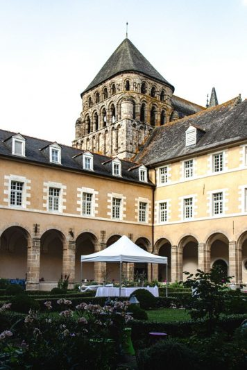 Abbatiale Saint-Sauveur - Redon - cloître
