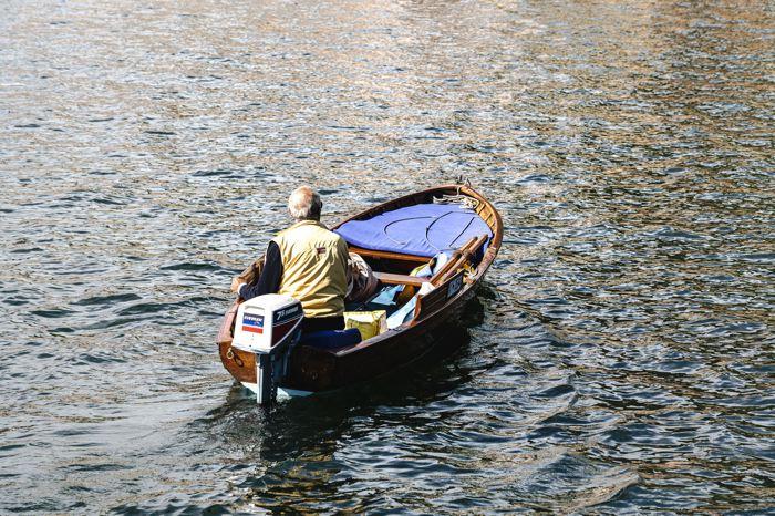 pêcheur sur le lac Majeur