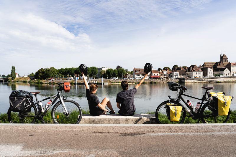 Vélos sur la voie bleue - Saint-Jean-de-Losne
