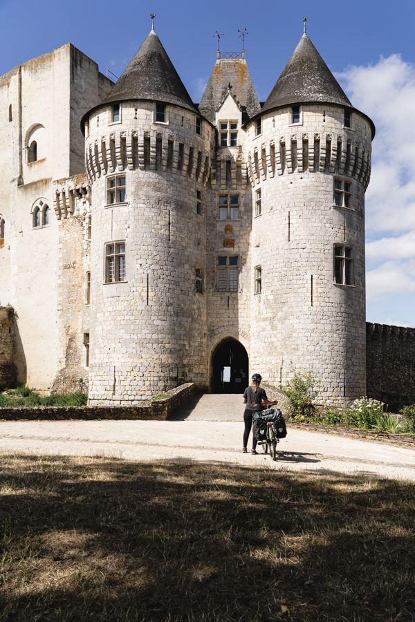 Nogent-le-Rotrou - Château - Véloscénie