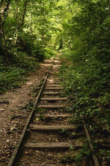 Ancienne voie de chemin de fer - tertre Sainte-Anne