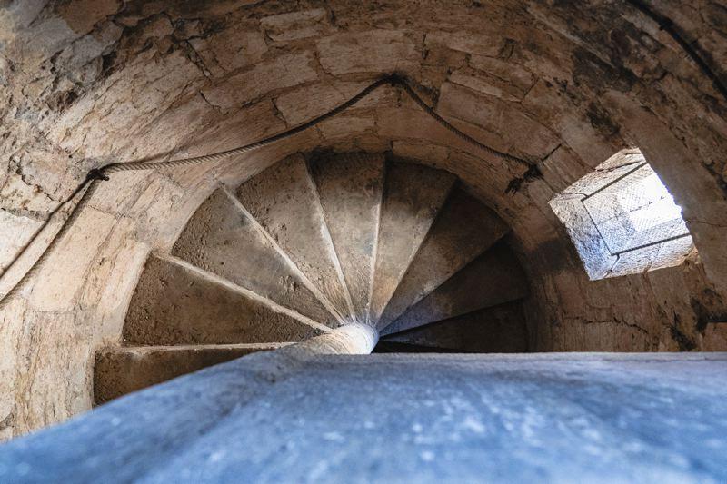 Escaliers de la Tour - Auxonne