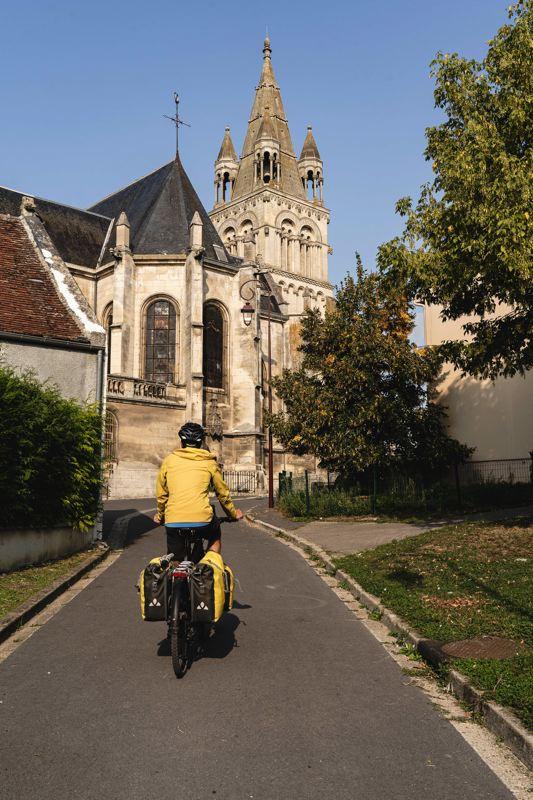 Bresles, Avenue Verte Londres Paris