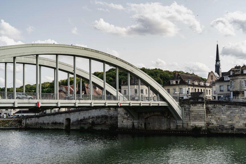 Pont Sainte Maxence et l'Oise - Avenue Verte Londres Paris