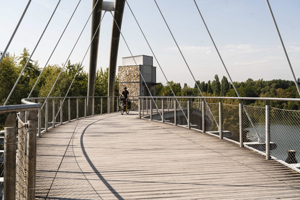 Passerelle Nanterre - Seine à Vélo