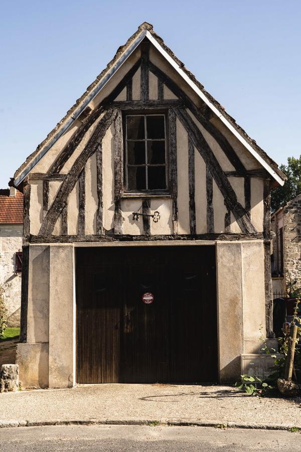 Maison à pan de bois sur l'Avenue Verte Londres Paris