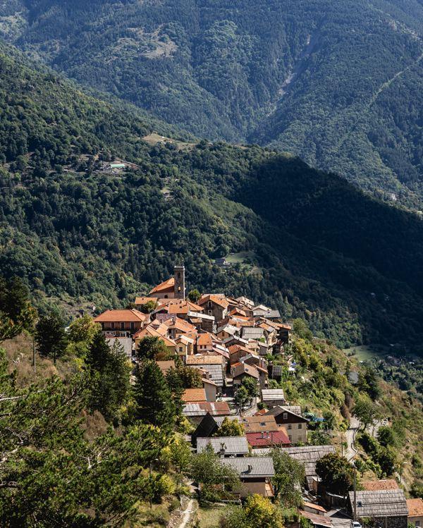 Venanson - village