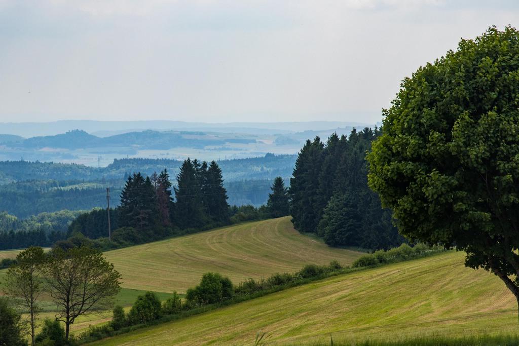 Vue du sommet de la montagne, point culminant de l'EuroVelo 6