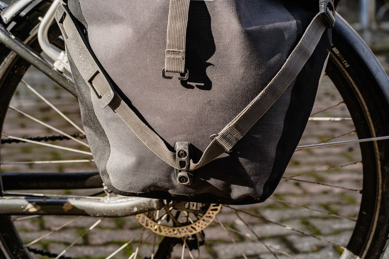 Sacoche Back Roller Plus - Ortlieb - rangement bretelle d'épaule