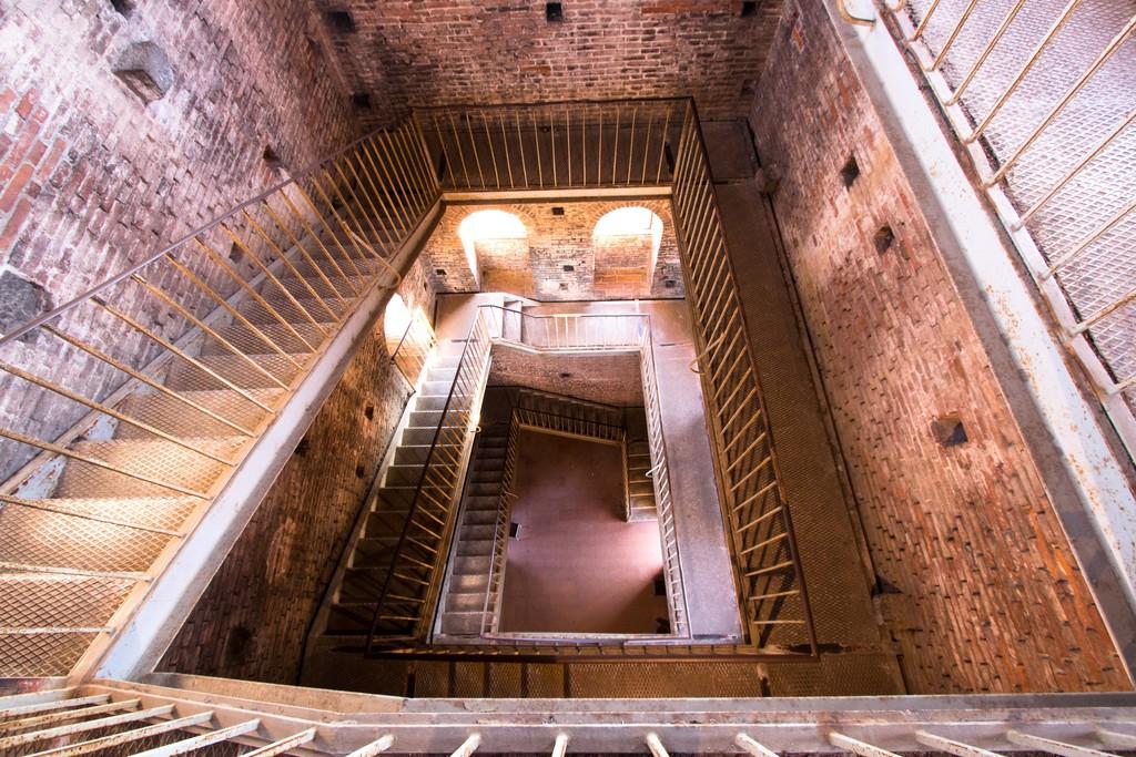 escaliers - tour guinigi-Lucques