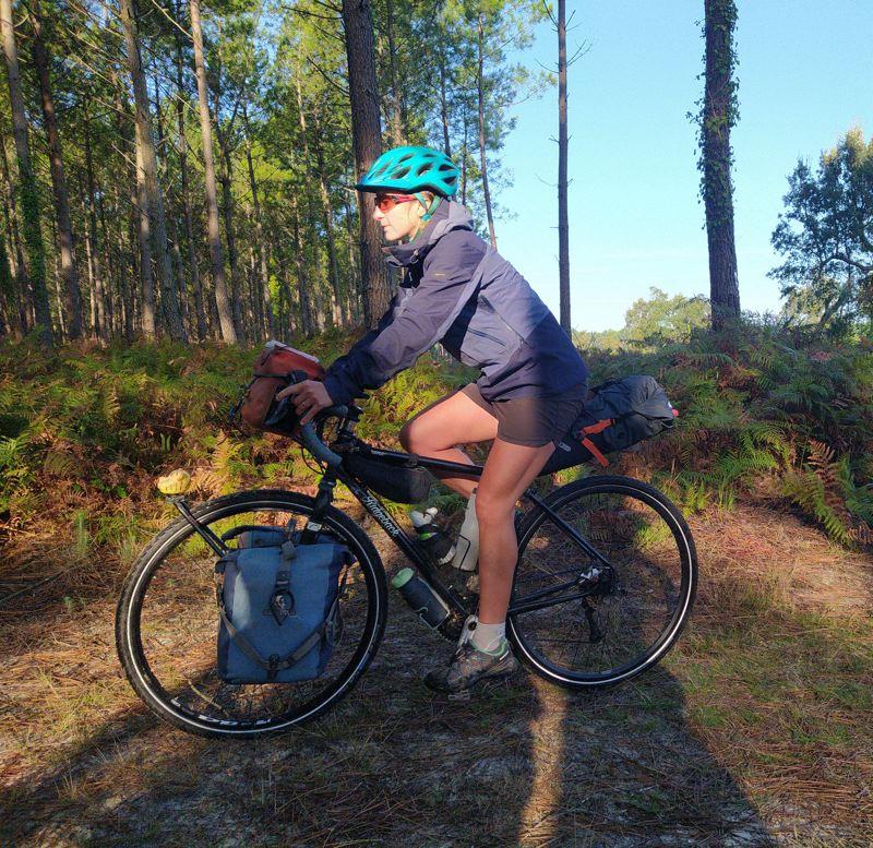 Emeline - RayonMix Tour et son vélo de voyage