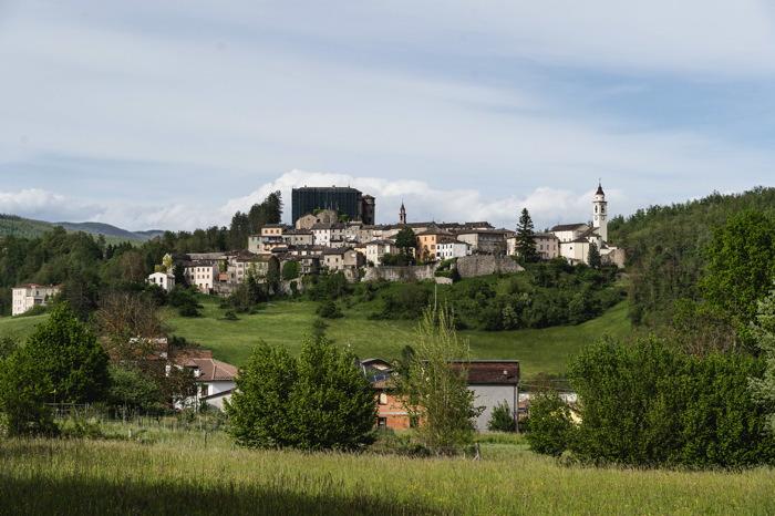 Village de Companio - italie à vélo